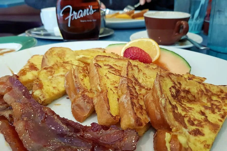 Best things to do, see and eat in Toronto: French Toast with maple bacon at Fran's, Toronton, Canada