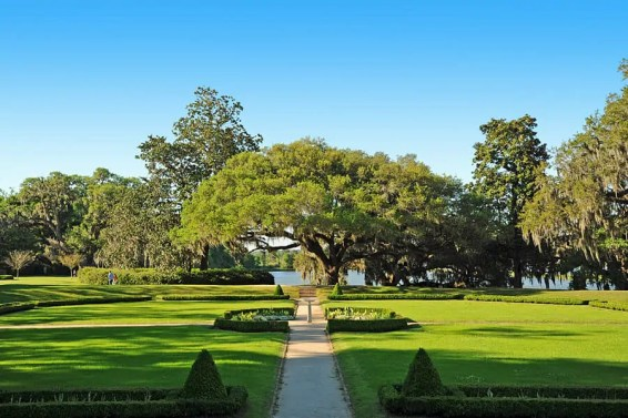 Places t visit in South Carolina |The gardens at Middleton Place Plantation