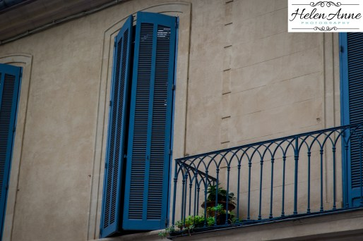 Blue shutters all over the south of France = swooning!