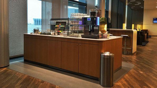 Lufthansa Senator Lounge Frankfurt A Plus Kaffeebar