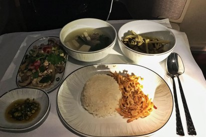 Review Thai Business Class Frankfurt - Phuket Thai Menue