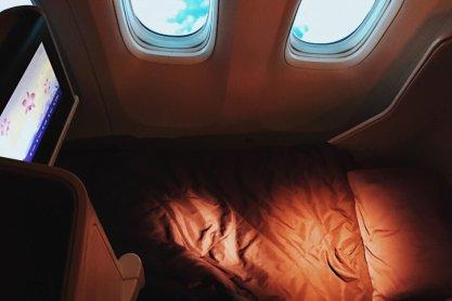 Review Thai Business Class 777 Phuket - Frankfurt Schlafen