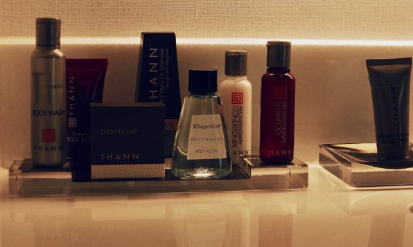 Review Marriott Marquis Washington Waschtisch Badezimmer Amenities