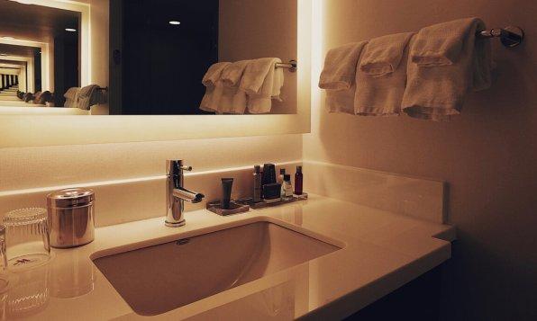 Review Marriott Marquis Washington Waschtisch Badezimmer