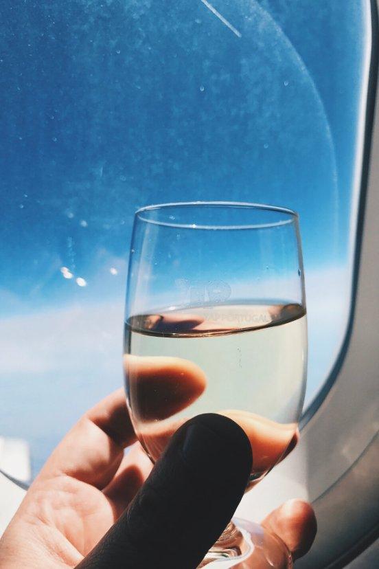 TAP Business Class Frankfurt - Lissabon Weinglas