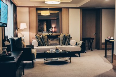 Review Banyan Tree Bangkok Serenity Club suite Wohnbereich