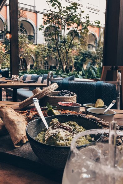 Review Four Seasons Mexico City Lunch Zanaya Restaurant Zarandaedo Fish