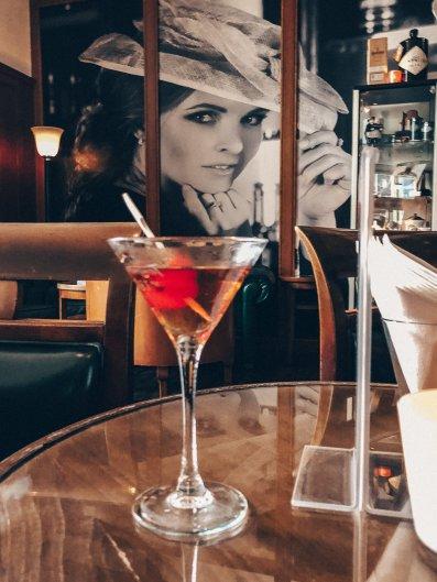 Cocktail Harry´s New York Bar Lindner Hotel Main Plaza Frankfurt New Brick