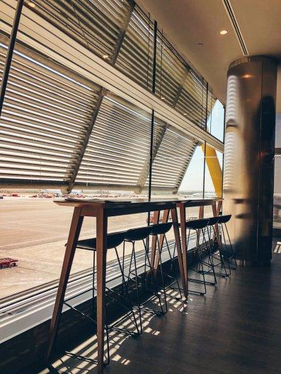 Review Iberia Business Lounge Madrid Premium Lounge Velázquez T4S