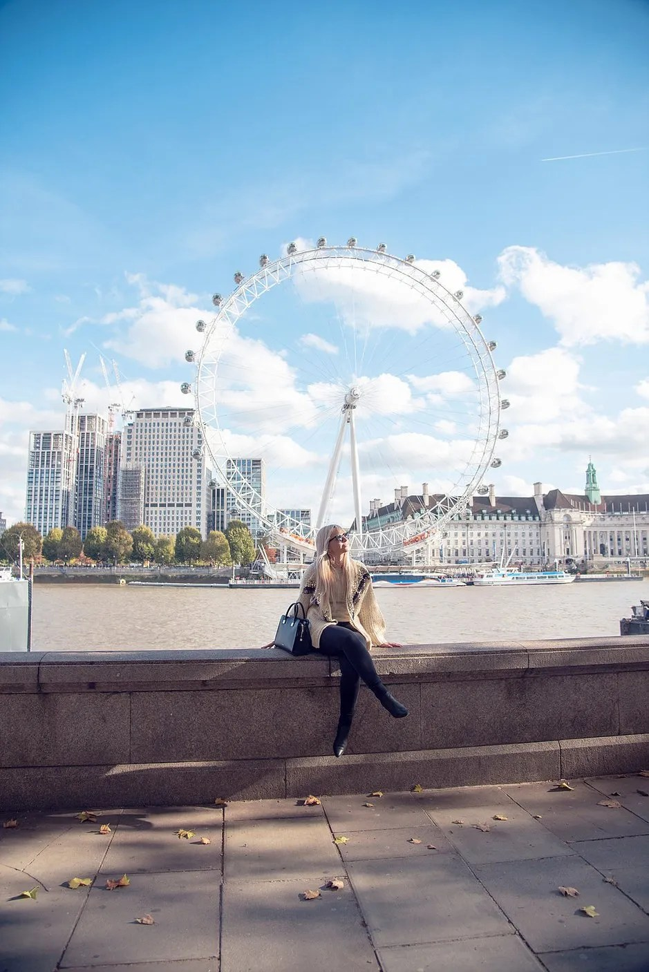 4 tips to travel the world with a full time job, London