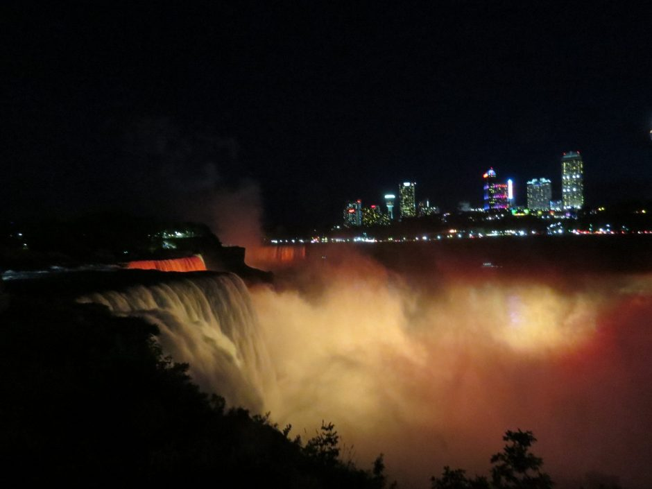 Niagara Falls Guided Tour