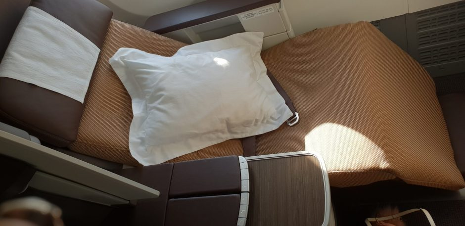 OMAN AIR BUSINESS CLASS FLY WITH STYLE
