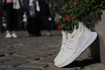 Loom Footwear: The Ultimate Waterproof Shoes for Globetrotters