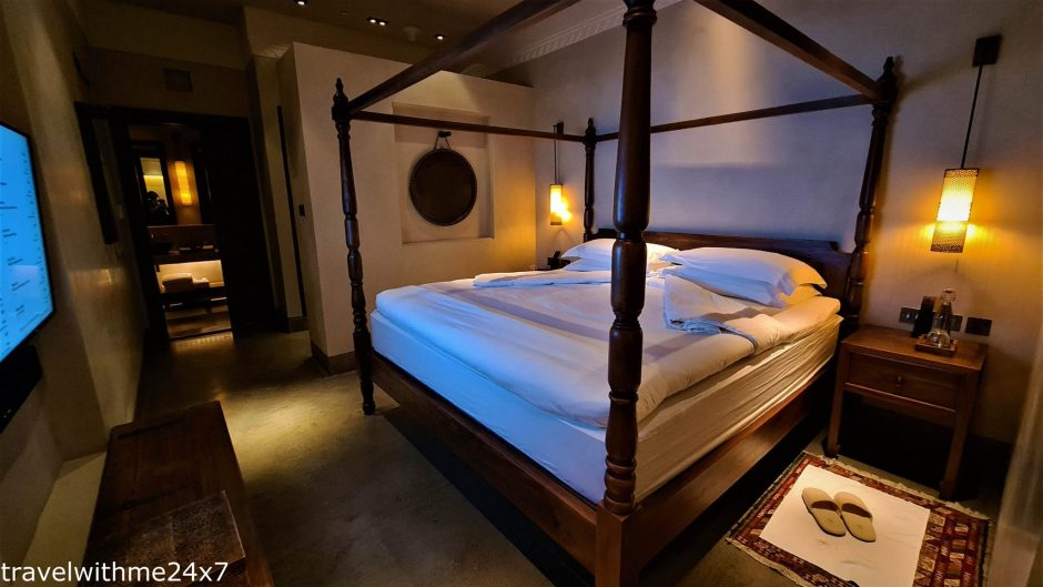 Bedrooms at suites of chedi sharjah