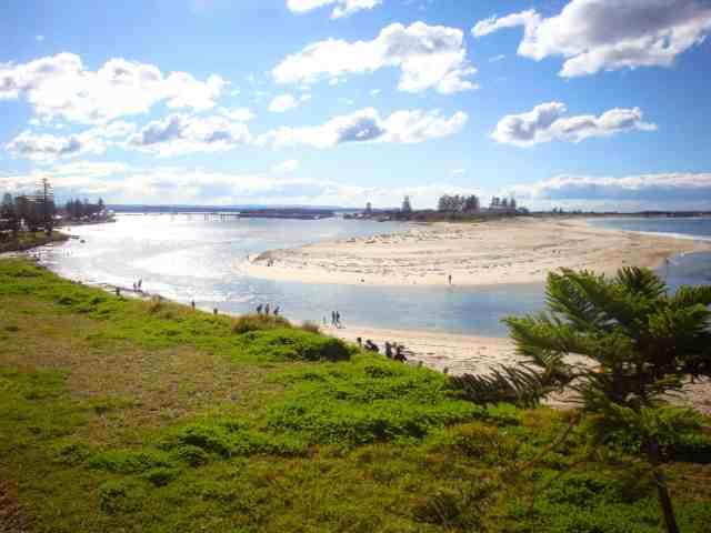 Travel With Meraki - The Entrance Beach - Central Coast - NSW - Australia