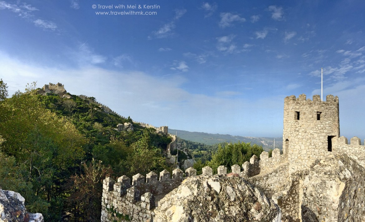 The Castelo dos Mouros in Sintra – Or how I overcame acrophobia in Portugal