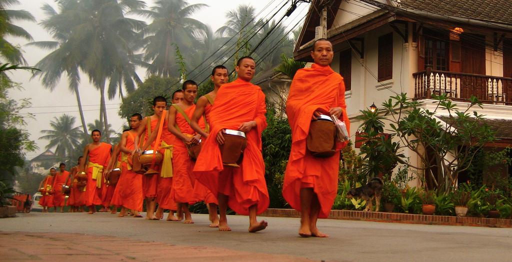 What you should NOT do in Luang Prabang, Laos