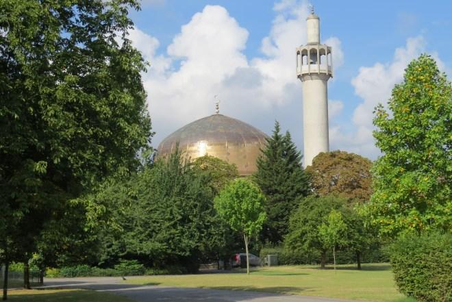 מסגד בסמוך לריג'נט פארק