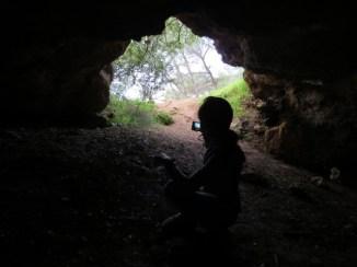 המערה בשביל סובב הר תבור