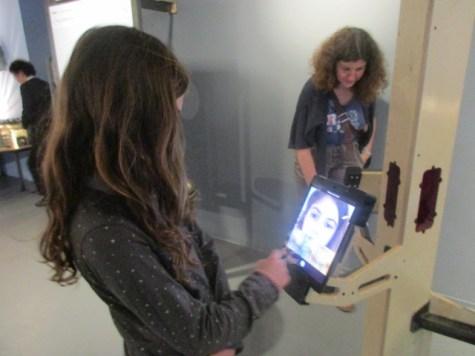 תערוכת אני והסלפי שלי במוזיאון תל אביב