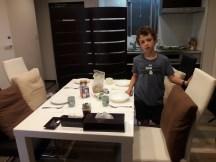 ארוחת בוקר בהאקונה