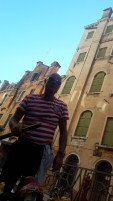 שיט בגונדולה בוונציה