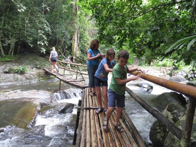 כיצד תהפכו את הטיול שלכם לטיול אקולוגי?