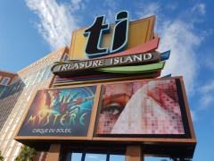 מלונות בלאס וגאס - מלון טריג'ר איילנד