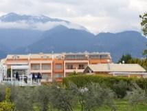 המלון בעיירה ליטוכורו