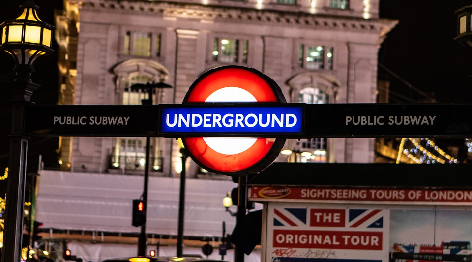 oxford-circus-station-4728619_960_720
