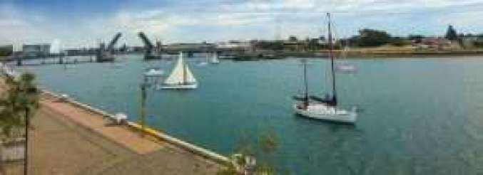 Boats prepare for departure at Port Adelaide BoatFest 2018