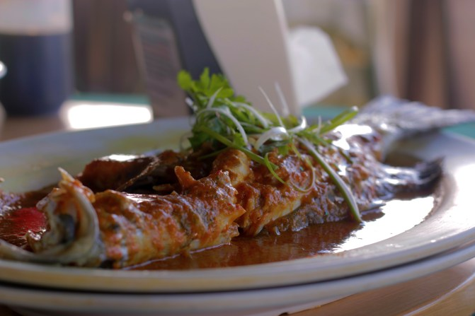 Sweet and sour steamed fish