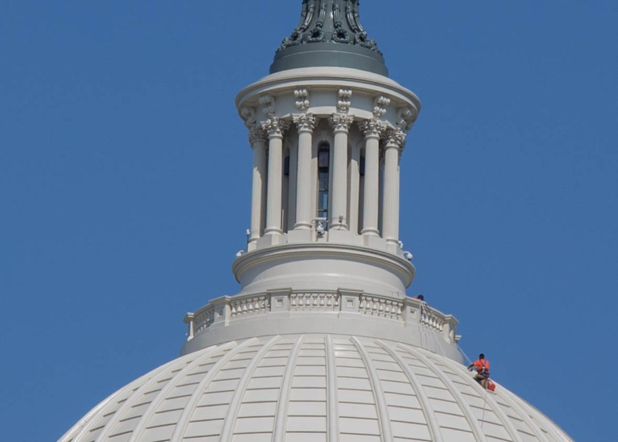 Capitol-02.jpg