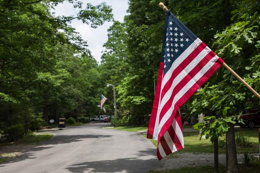 Flag-02.jpg