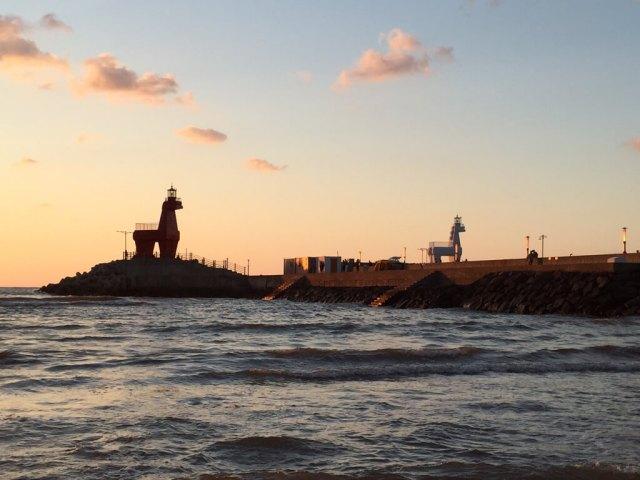 Iho Tewoo Beach Iconic Horse Lighthouses