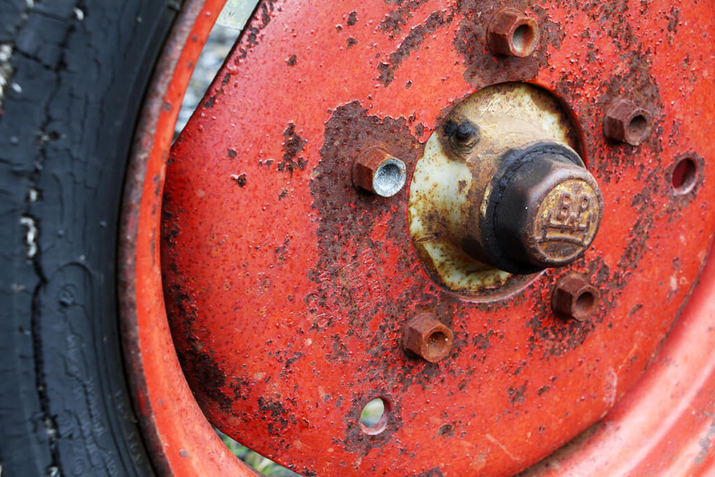 Iceland Red Tire Tractor