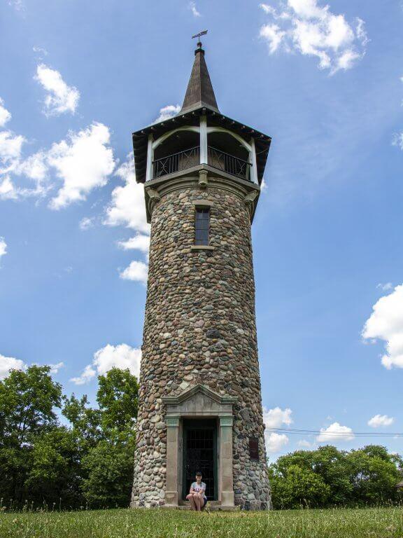 TMc @ Ont160 Waterloo Memorial Pioneer Tower
