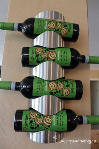 TWW - Wine photo