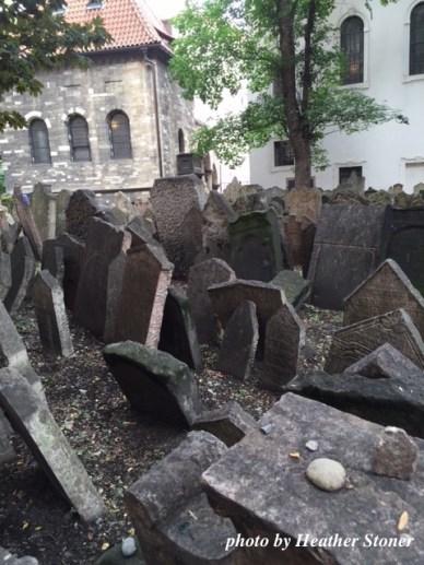 ©TravelwithWendy %22Jewish Cemetery%22 in Prague www.travelwithwendy.net