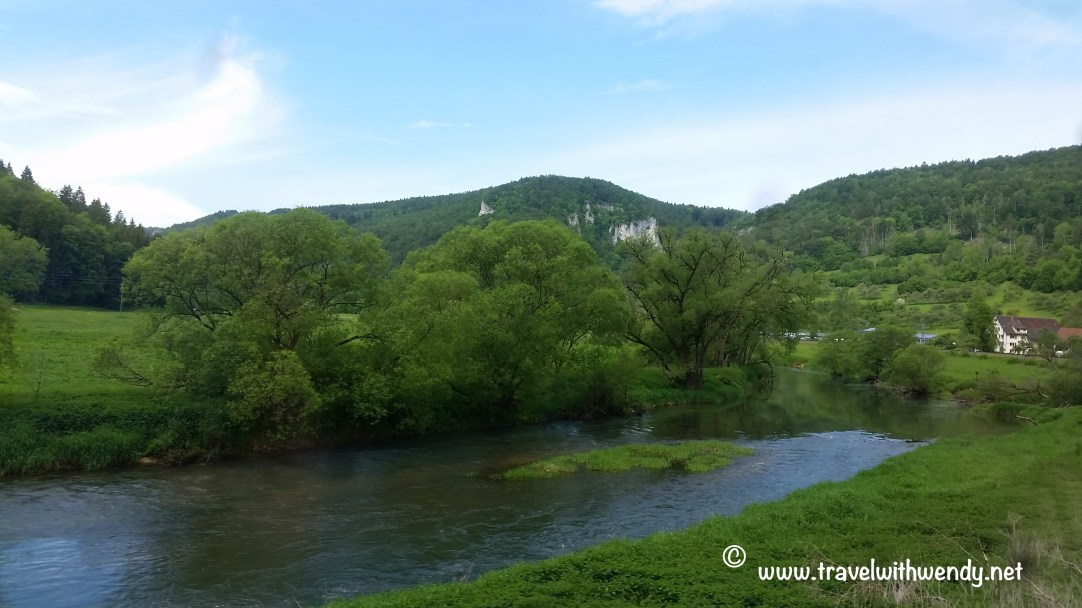 TWW - Train along the Danube