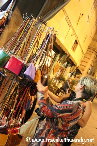 travel-with-wendy-cooking-in-italy-purse-shopping