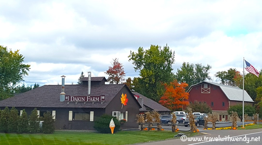 travel-with-wendy-dakin-farms-fall-in-love-with-vermont-www-travelwithwendy-net