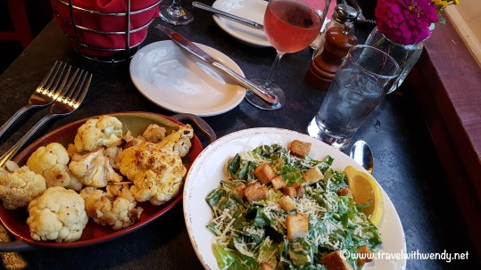 travel-with-wendy-salad-and-roasted-cauliflower-fall-in-love-with-vermont-www-travelwithwendy-net