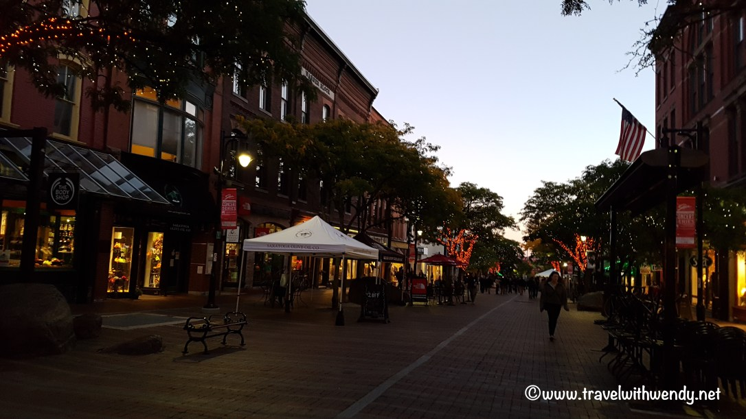travel-with-wendy-streets-of-burlington-vt-fall-in-love-with-vermont-www-travelwithwendy-net