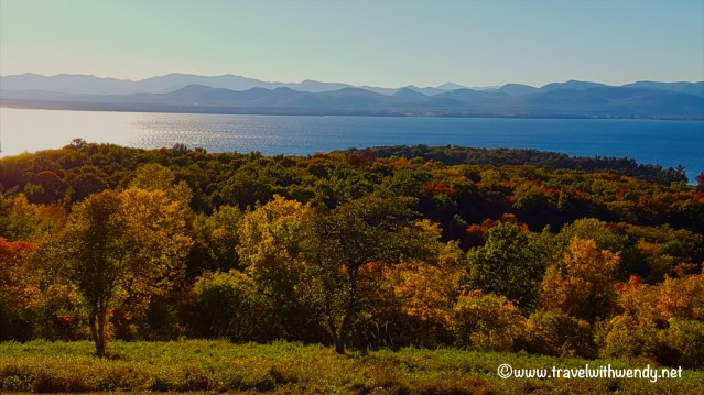 travel-with-wendy-views-of-lake-champlain-fall-in-love-with-vermont-www-travelwithwendy-net