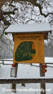 hiking-in-winter-christmas-in-europe