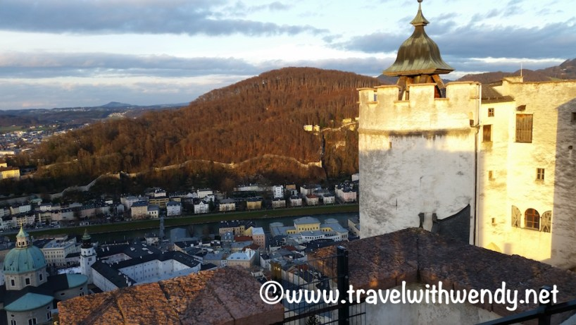 salzburg-in-the-winter-christmas-in-europe