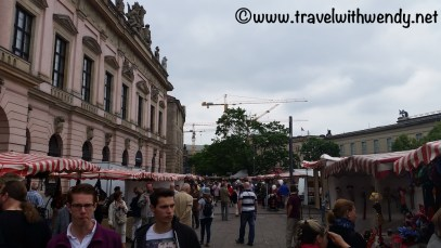 tww-berlin-family-favorites-flea-market-2