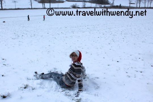 tww-jess-in-the-snow