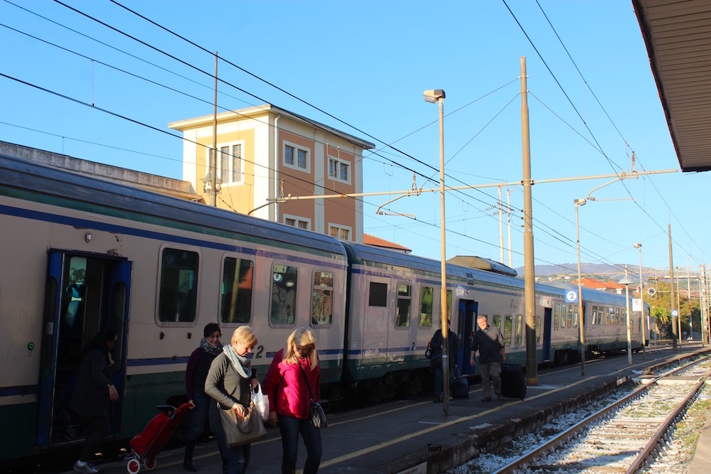 italian-trains-imperia